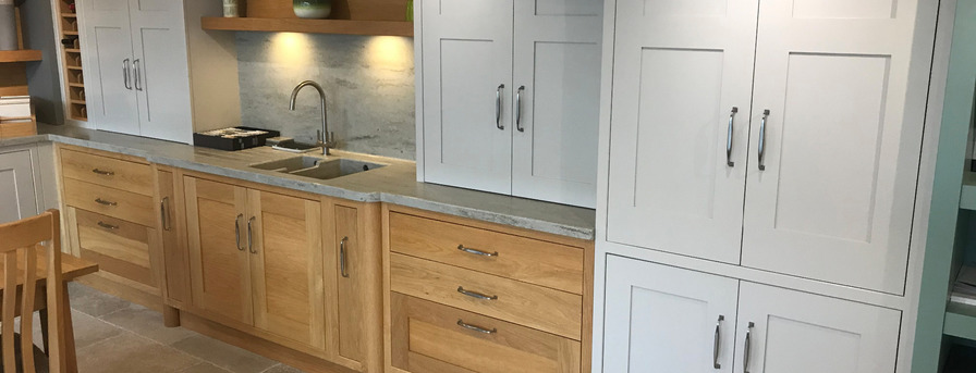 painted shaker style kitchen design